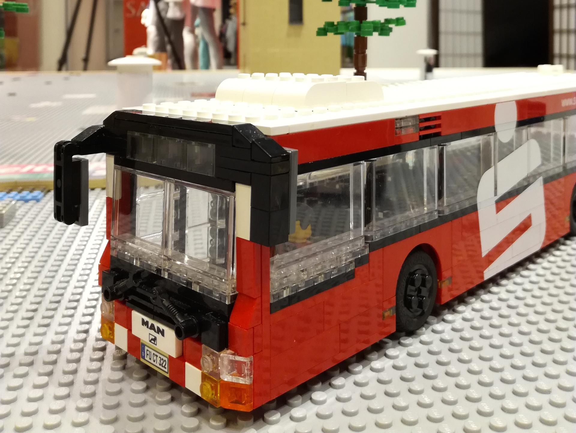 Verkauf von Lego®-Steinen - 15.000 € für das Jüdische Museum Franken